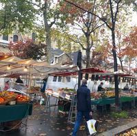 ロックダウンパート2最初の日曜日のマルシェは、ソーシャルディスタンス仕様でした。 - keiko's paris journal                                                        <パリ通信 - KSL>