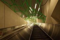 「i飯田橋駅のエスカレーターが怖い」 - もるとゆらじお