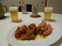 カリーブルスト・ホッカイドー。カレー粉かけるだけ。 - のび丸亭の「奥様ごはんですよ」日本ワインと日々の料理