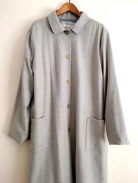 キラキラ花ボタンのついたコート - cous cous NEW ARRIVAL