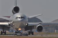 メラメラ - まずは広島空港より宜しくです。