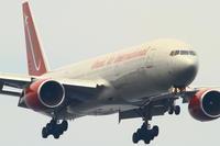オムニのB777 - まずは広島空港より宜しくです。