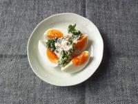 ブロッコリーと卵の、スパイシー胡麻マヨソース - Minha Praia