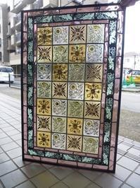 モリス調パネル完成 - atelier GLADYS  ステンドグラス工房 作り手の日々