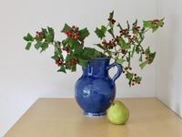 赤い実の植物を飾る。 - 蒼々日記