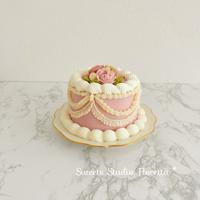 ヴィンテージ風ケーキを作ってみた - Sweets Studio Floretta* Flower Cake & Sweets Class@SHIGA