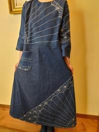 新作刺し子の風呂敷ワンピース~今日のファッション - 紅い風