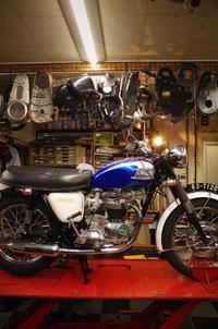 月曜日の授業風景~苦労が報われる瞬間~ - Vintage motorcycle study