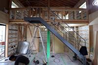 鉄骨階段取付/土手下の住宅/倉敷 - 建築事務所は日々考える
