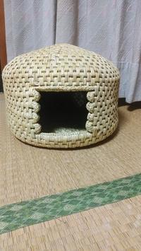 稲わらの猫ちぐら完成しました。PPバンドかごバッグの注文が入りました。 - 今猫ちぐら作成に大はまり!!          (My handmaid items and Farmer's daily life)