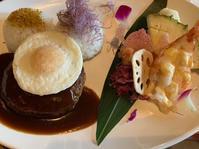 ポリネシアンレストランでロコモコ - ガルルさんのCOSTCOガルル食堂