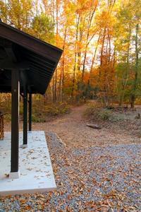 紅葉の敷地 - 池内建築図案室 通信