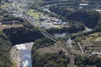 Wにうねる利根川- 2020年秋・上越線 - - ねこの撮った汽車