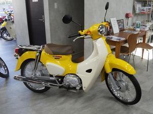 - バイクの横輪