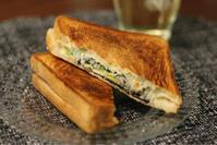 海苔チーズしらすホットサンド - Que Sera Sera 2