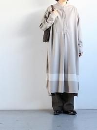 loomerWool flannel onepiece / Beige Border - 『Bumpkins putting on airs』