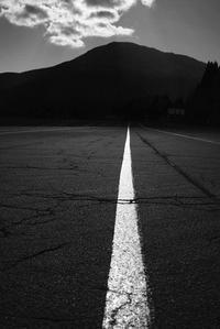 直線 - 旅する       memephoto