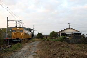 黄色い電車の終着駅の今と昔- 小野田線・長門本山駅 - - ねこの撮った汽車