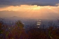 待ちわびた演奏会と二上山の夜明け - 峰さんの山あるき