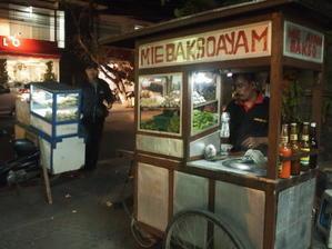 ナシゴレンとサテアヤムのインドネシア弁当。 - 彼方からの手紙