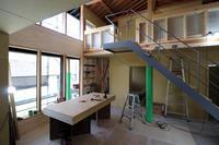 大工工事ほぼ終わりに/土手下の住宅/倉敷 - 建築事務所は日々考える