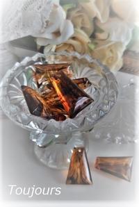 琥珀色の台形ビーズ - Bijoux  du  Bonheur ~ビジュー ドゥ ボヌール~