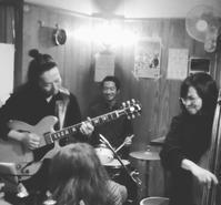 【ライブ後記】11/16@琉球食堂kafuありがとうございました。 - 東ともみ tomomikki