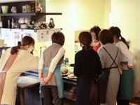 簡単おせちとテーブルコーデお正月感を出す一例は「蒲鉾飾り切り」 - Coucou a table!      クク アターブル!