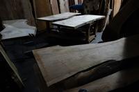 一枚板木材倉庫 - SOLiD「無垢材セレクトカタログ」/ 材木店・製材所 新発田屋(シバタヤ)
