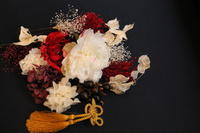 成人式の髪飾り - 北赤羽花屋ソレイユの日々の花