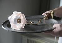 フレンチアンティーク 壁掛けランプ 薔薇 ガラスシェード ピンク ウォールランプ 一輪の薔薇 メンテナンス済み - clair de lune