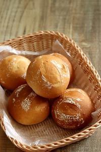 全粒粉入りテーブルパン - Takacoco Kitchen
