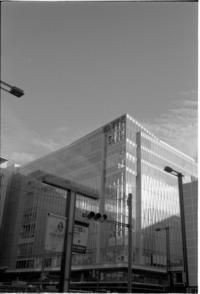 「YASHICA Black&White 35mm モノクロネガフィルム」で、おさんぽ - SWEET SWEET JAMMYS〜カメラとレコーディングと〜