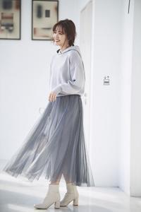 鈴木愛理さん着用のチュールスカート付フードニットアップが可愛い♪ - *Ray(レイ) 系ほなみのブログ*