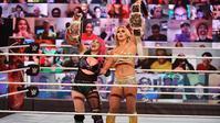 シャーロット・フレアー&アスカの舞台裏の計画 - WWE Live Headlines