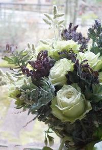 丁寧に…を心がける - お花に囲まれて