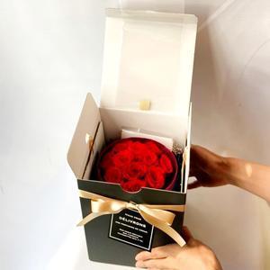 年末年始のお知らせ。 - 誕生日や記念日の花を贈る人限定。好きな人との関係性のための難波なんばの花屋 flowersalonosamu。