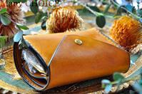 イタリアンヴィンテージバケッタ・2つ折りコインキャッチャー財布(改)ナポリ - 時を刻む革小物 Many CHOICE~ 使い手と共に生きるタンニン鞣しの革