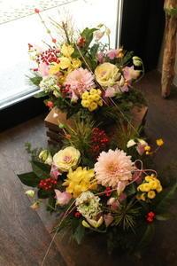 お正月アレンジいろいろありがとうございました! - 北赤羽花屋ソレイユの日々の花