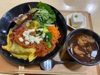 精進料理オムライスと秋葉原 - ソーニャの食べればご機嫌