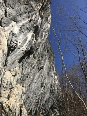 """2021年1月4日、ポカポカの二子山は停滞 - ヘビークライマー""""きん""""のクライミング日記"""
