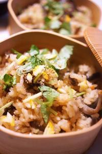 ■お正月・リメイク料理【芋茎とお揚げの甘辛炒め煮で 炊き込みご飯】お味シミシミで滅茶美味しかったです♪ - 「料理と趣味の部屋」