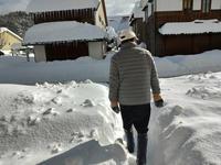 山中温泉お昼の除雪状況田中てつや県議視察 - 酎ハイとわたし