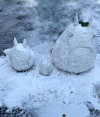 友達が作ったトトロの雪ダルマ!?(*_*) - 素奈男のお気楽ブログ