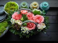 お誕生日のアレンジメント。澄川2条にお届け。2021/01/04。 - 札幌 花屋 meLL flowers