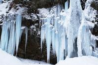 庵滝氷瀑 - 自然と仲良くなれたらいいな2