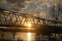 夕暮れの江戸川鉄橋 - スポーツカメラマン国分智の散歩の途中で