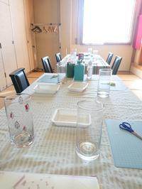 ゆりさんの「春のブーケをいける花瓶作り」のワークショップご報告 - 日本料理しみずや 気ままな女将通信