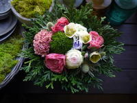 亡くなったワンちゃんにアレンジメント。「ピンク系で可愛らしく」。真駒内にお届け。2021/01/16。 - 札幌 花屋 meLL flowers