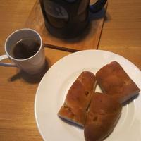 菓子パン、カップ麺の誘惑 - Hanakenhana's Blog